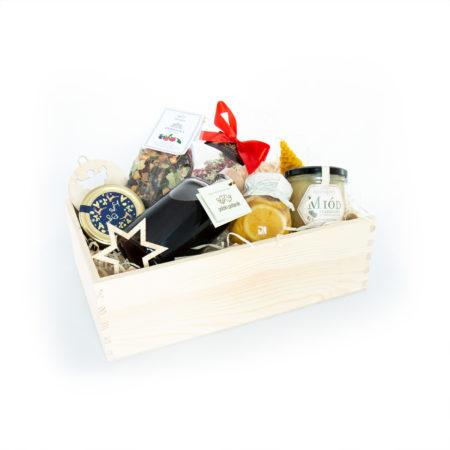 Świąteczny prezent - tradycyjne smakołyki (z nalewką)
